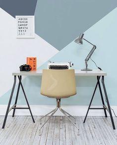 Mais uma opção de pintura em formas geométricas para você se inspirar e criar a sua! . Lembrando que o nosso SORTEIO é HOJE!! Pra quem ainda não participou, é só procurar a foto oficial e seguir as instruções! . #pintura #geometric #decor #interiores #diy #conectarq #homeoffice #sorteio