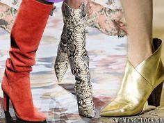 Παπούτσια 2019: Οι 6 κορυφαίες τάσεις του χειμώνα 5+1 ζευγάρια που πρέπει να έχετε στη ντουλάπα σας σύμφωνα με την εβδομάδα μόδας Leg Warmers, Knee Boots, Fashion Beauty, Legs, Trends, Shoes, Dresses, Women, Leg Warmers Outfit