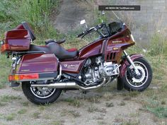 1984 Honda Gold Wing 1200 Interstate Photos and info - TenWheel Motorcycle Humor, Womens Motorcycle Helmets, Motorcycle Girls, Vintage Honda Motorcycles, Cool Motorcycles, Goldwing Trike, Ducati Monster Custom, Cb650, Touring Bike