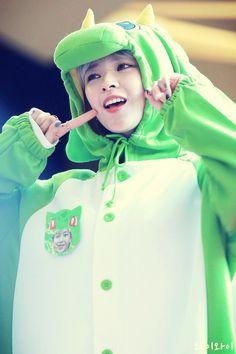Read My hero. from the story 𝔗𝔴𝔦𝔠𝔢 𝔛 ℜ𝔢𝔞𝔡𝔢𝔯 by sueshiiz (𝖕𝖗𝖎𝖓𝖈𝖊𝖘𝖘🐻) with reads. Jeongyeon X Reader Your POV Suwon, Nayeon, Kpop Girl Groups, Korean Girl Groups, Kpop Girls, Twice Jungyeon, Twice Kpop, K Pop, Rapper