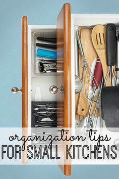Practical and useful organization tips for small kitchens. I never would have thought of storing my food there!