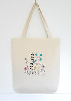 Hand silk screened tote bag / Bolsa de algodón serigrafiada y pintada a mano