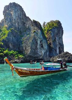 20 Trendy Ideas For Travel Photos Thailand Phi Phi Island Thailand Phi Phi Island, Thailand Beach, Thailand Photos, Visit Thailand, Thailand Travel, Asia Travel, Phuket Thailand, Beach Travel, Thailand Honeymoon