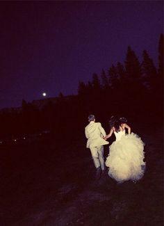 Bride and Groom Wedding Photo Ideas 6
