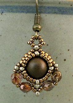 Linda's Crafty Inspirations: YouTube Beading Tutorial - Jewellery Component 8mm Bezeled Bead