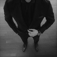 178593-All-Black-Suit.png (486×492)