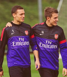 thomas vermaelen aaron ramsey arsenal