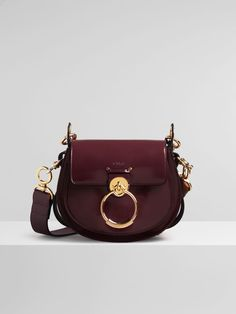 Discover Chloe Large Tess Bag and shop online on CHLOE Official Website. 98c7c9252ed28