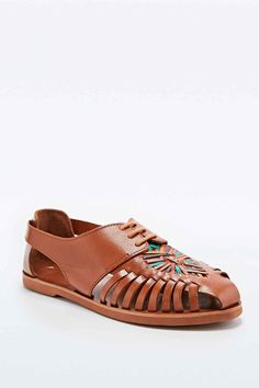 Deena & Ozzy Jay Lace-Up Hurachi Sandals in Tan - Urban Outfitters