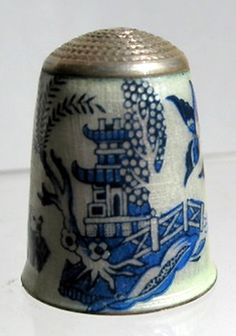 RP:  Enamel Silver Thimble  English Blue Willow . cir 1980's - thimblesociety.com