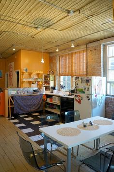 Brittany, Jess and Heidi's Real-Deal Artist's Loft in Chicago — House Tour Chicago House, Chicago Style, Loft Kitchen, Artist Loft, Chicago Apartment, Kitchen Magic, Chicago Artists, House Tours, Sweet Home