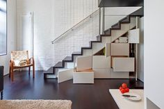 Check Out Modern Staircase Design For Your Home. Most modern staircase design is meticulously detailed, exposing all the working elements and eschewing trim, moldings, and other decoration. Loft Design, Storage Design, House Design, Storage Ideas, Creative Storage, Creative Ideas, Diy Storage, Innovative Ideas, Cabin Design
