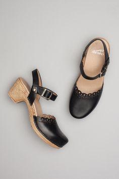 afa3b7f3d1f9 10 Best Dansko shoes images