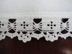 Uma bainha fácil, porém com um resultado muito bonito. Detalhe do crochê Detalhe da bainha. Esse é mais um lindo pano de prato...