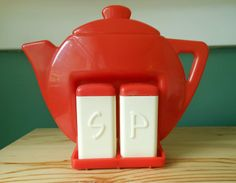 Google Image Result for http://annanimmity.com/wp-content/uploads/2012/07/red-plastic-teapot-salt-and-pepper-shakers.jpg