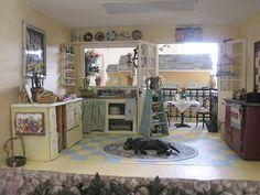 Love this little kitchen!