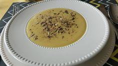 Fine cream soup from Jerusalem artichoke,