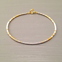 Gold Filled Bracelet ,Tiny Bracelet, Thin Gold Bracelet , Minimalist Bracelet  This listing is for one beaded gold fill Bracelet. Bracelet is made