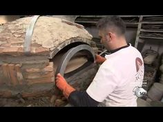 How it's Made - Gianni Acunto Neapolitan Pizza Oven Wood Oven, Wood Fired Oven, Wood Fired Pizza, Bricks Pizza, Oven Design, Wood Burning Oven, Small Oven, Clay Oven, Bread Oven