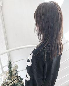 ロングウルフはレイヤーが決め手!レングス別おすすめスタイル集 feely(フィーリー) Girl Short Hair, Hairstyles With Bangs, Hair Inspo, My Hair, Short Hair Styles, Hair Makeup, Hair Cuts, Hair Color, Dreadlocks