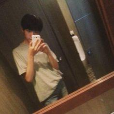 Ulzzang Boy, Asian Boys, Lol, Selfie, Face, Asian Guys, The Face, Faces, Selfies