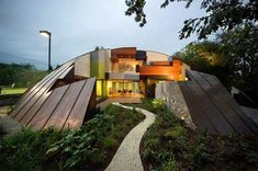 Each creatively unique house by Bart Prince tells a story of the site, surroundings and the client for which it was made. As much an artist as an architect, Prince defies convention as a designer who is very difficult to pin down to any particular style or consistent approach.