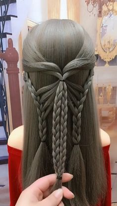 WRAPPED PONYTAIL hairstyle This wrapped ponytail is the perfect style if you have long hair and find it difficult to keep your ponytail in place. It's a casual yet sophisticated hairstyle that works from day to Face Shape Hairstyles, Bun Hairstyles For Long Hair, Braids For Long Hair, Braided Hairstyles, Hairstyles 2016, Casual Hairstyles, Wedding Hairstyles, Long Thin Hair, Hair Videos