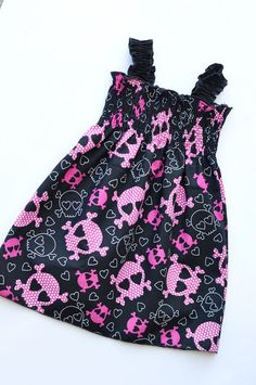 skulls...and pink and black....