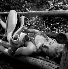 Marilyn. ph © Ed Clark, 1950