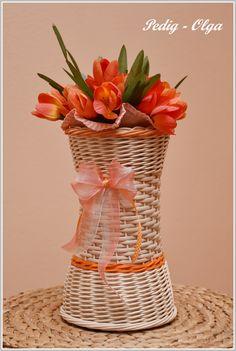 Wicker, Vase, Home Decor, Decoration Home, Room Decor, Vases, Home Interior Design, Home Decoration, Loom