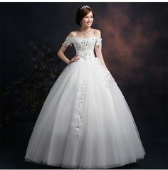 Warehouse Clearance Ladies Shoulder Dresses Luxury Long Tail Bride Marriage new arrival Gentle Court Princess