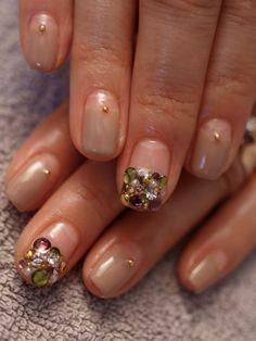 ☆新年人気モデル、スクウェア・ビジュー☆ |パリのネイルサロン Bijoux nails Paris