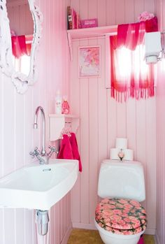 A pretty pink bathroom.