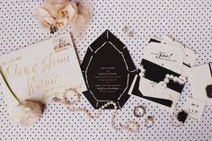 Invitaciones de boda únicas (Inspiración) // Original Wedding Invitations (Inspiration)  Piensas hacer tu boda chic? Te presentamos estas invitaciones para darle un toque perfecto a tu boda #invitacionesdeboda #invitacionespersonalizadas #invitacionchic