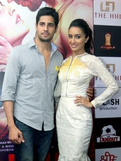Sidharth and Shraddha make a pretty picture!
