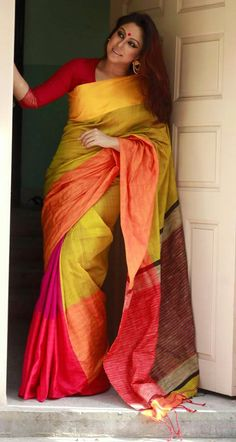 Mahapar traditional pakistani multicolor cotton silk saree with unstitched running blouse for women & girl's wedding wear new designer sari Indian Beauty Saree, Indian Sarees, Pakistani, Cotton Saree, Cotton Silk, Chiffon Saree, Indische Sarees, Checks Saree, Art Silk Sarees