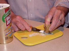 A Cork To Clean Your Kitchen Knives? Click to learn how... #Cork, Knife, Cleanser