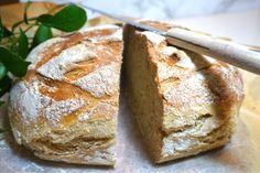 Nattjäst bröd med rågflingor Bread Baking, Baked Goods, Baking Recipes, Banana Bread, Cheesecake, Food And Drink, Breakfast, Desserts, Outdoor Gardens