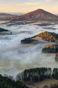 Foggy morning in Bohemian Switzerland National Park, Czech Republic (by filip.molcan)....