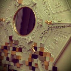 Boca do Lobo Piccadilly | Mirror NellyRodi / Nelly Rodi stand on Maison & Objet Hall 7 | Stand C98 / D97 #luxuryfurniture #MO14