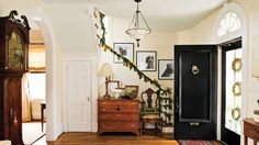 Christmas Decorating Ideas: Banister