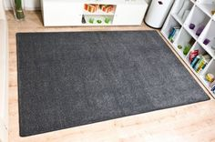 Teppiche Hochflor aus der Eco-Kollektion sind im Teppich Onlineshop von Havatex in klassisch gedeckten Farben sowie in knallig modischen Farbtönen versandkostenfrei und auf Rechnung bestellbar erhältlich. Egal, ob es ein Hochflor Teppich rund, eckig oder ein Teppich quadratisch sein soll, wir bieten Ihnen Shaggy Teppiche in diversen Größen, Formaten und Farben an.