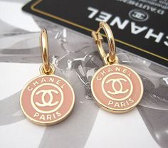 Discover recipes, home ideas, style inspiration and other ideas to try. Chanel Earrings, Chanel Jewelry, Luxury Jewelry, Jewelery, Silver Jewellery, Ring Earrings, Jewelry Accessories, Fashion Accessories, Fashion Jewelry