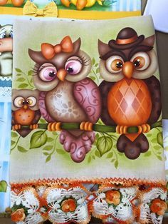Painting Words, Tole Painting, Fabric Painting, Owl Templates, Fabric Origami, Owl Pictures, Beautiful Owl, Country Paintings, Owl Patterns