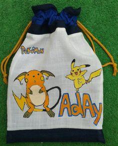Los Pokemons acompañan a  Aday cada día al cole, para llevarle el tentempié de media mañana