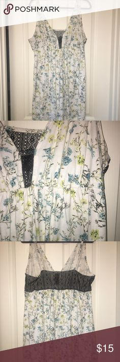 LANE BRYANT nightgown LANE BRYANT brand night gown. It is white with blue and yellow flowers. The back bears a lace panel as well as the middle of the chest. This mighty fits me to my knees and I am 5'4. Good used condition!  The tag is missing but I know that it's a 16/18 LANE BRYANT Intimates & Sleepwear Shapewear