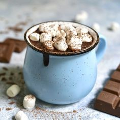 Easy Homemade Hot Chocolate Recipes for a Decadent Treat Homemade Hot Chocolate, Chocolate Bomb, Hot Chocolate Recipes, Gluten Free Chocolate, Melting Chocolate, Hot Chocolate With Marshmallows, Vegan Chocolate, Winter Cocktails, Emergency Food