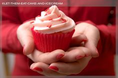 Pink lemonade cupcakes from Let The Eat Cake