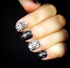 Dem Bones is one of my favourite Halloween nail wraps from Jamberry! To discuss your Jamberry wishlist contact me: http://facebook.com/catsnailwraps
