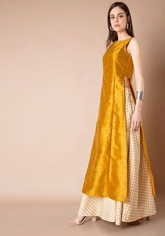 How pretty is this mustard side slit kurta lehenga by Vasansi Jaipur Indian Gowns Dresses, Indian Fashion Dresses, Dress Indian Style, Pakistani Dresses, Indian Outfits, Fashion Outfits, Super Moda, Indian Designer Suits, Kurta Designs Women